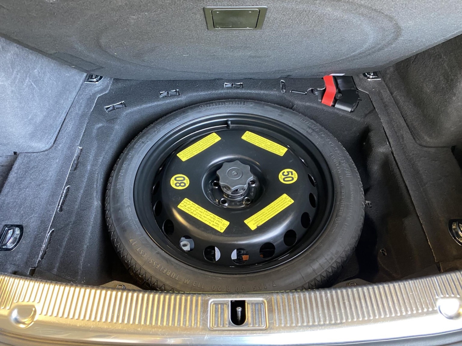 Audi-A8-56