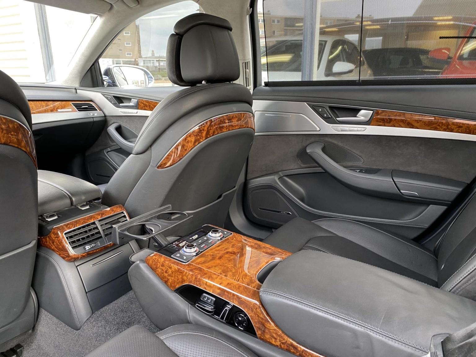 Audi-A8-7