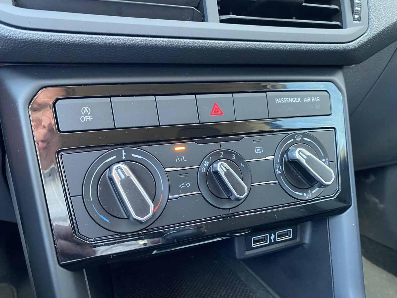 Volkswagen-T-Cross-20