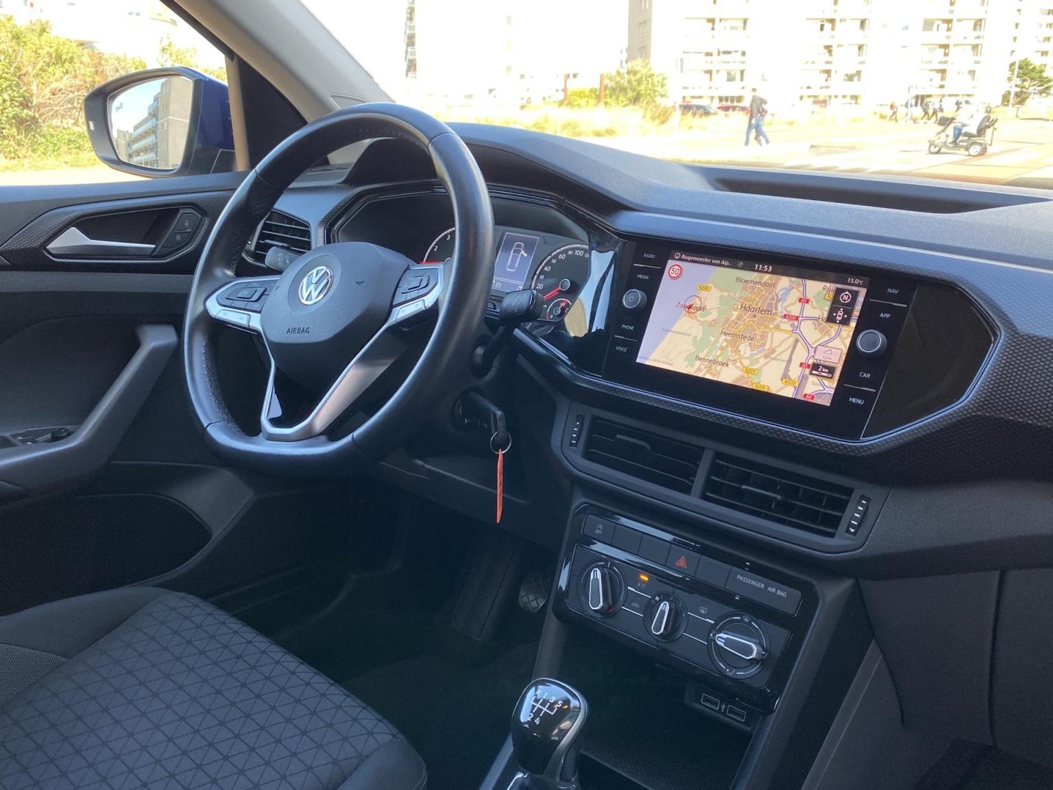 Volkswagen-T-Cross-13