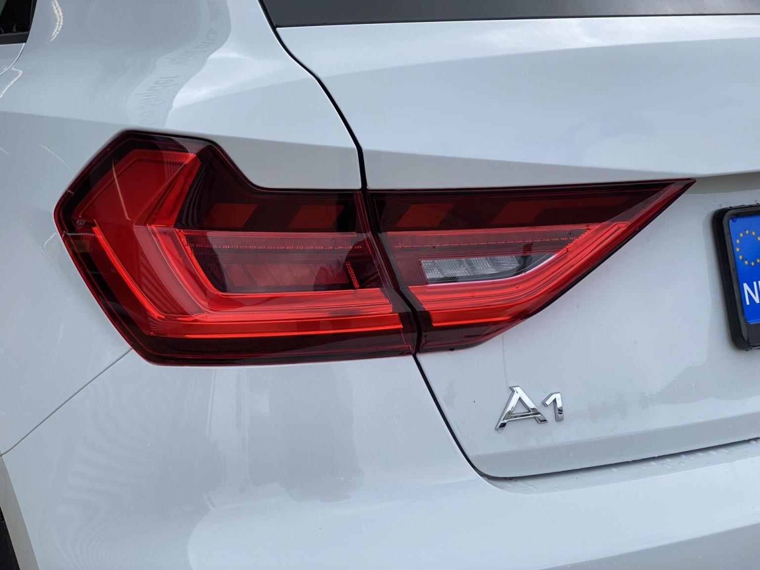 Audi-A1-39